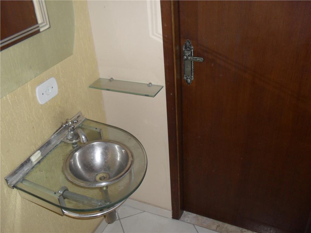 Sobrado de 3 dormitórios em Adalgisa, Osasco - SP
