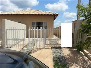 Casa de 2 dormitórios em Residencial Pastoreiro, Cotia - SP