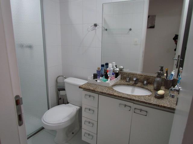 Apartamento de 3 dormitórios em Alphaville, Santana De Parnaíba - SP