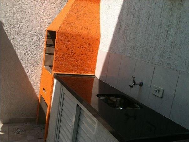 Sobrado de 3 dormitórios em Ferreira, São Paulo - SP