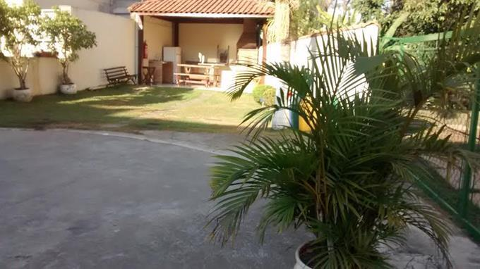Sobrado de 2 dormitórios em Jardim Barbacena, Cotia - SP