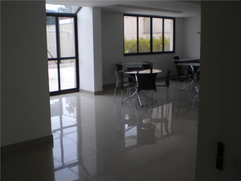 Apartamento de 2 dormitórios à venda em Parque Ipê, São Paulo - SP