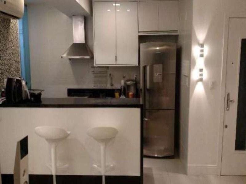Apartamento Residencial à venda, Graça, Salvador - AP0607.