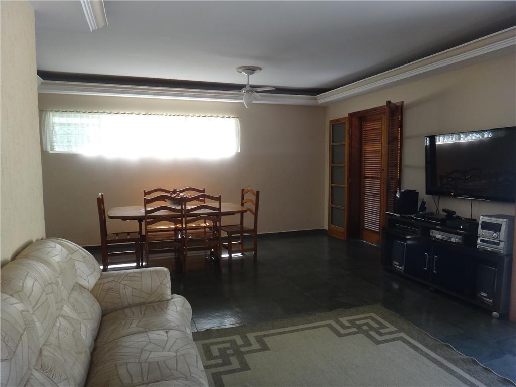 Total Imóveis - Casa 3 Dorm, Jardim São Marcos