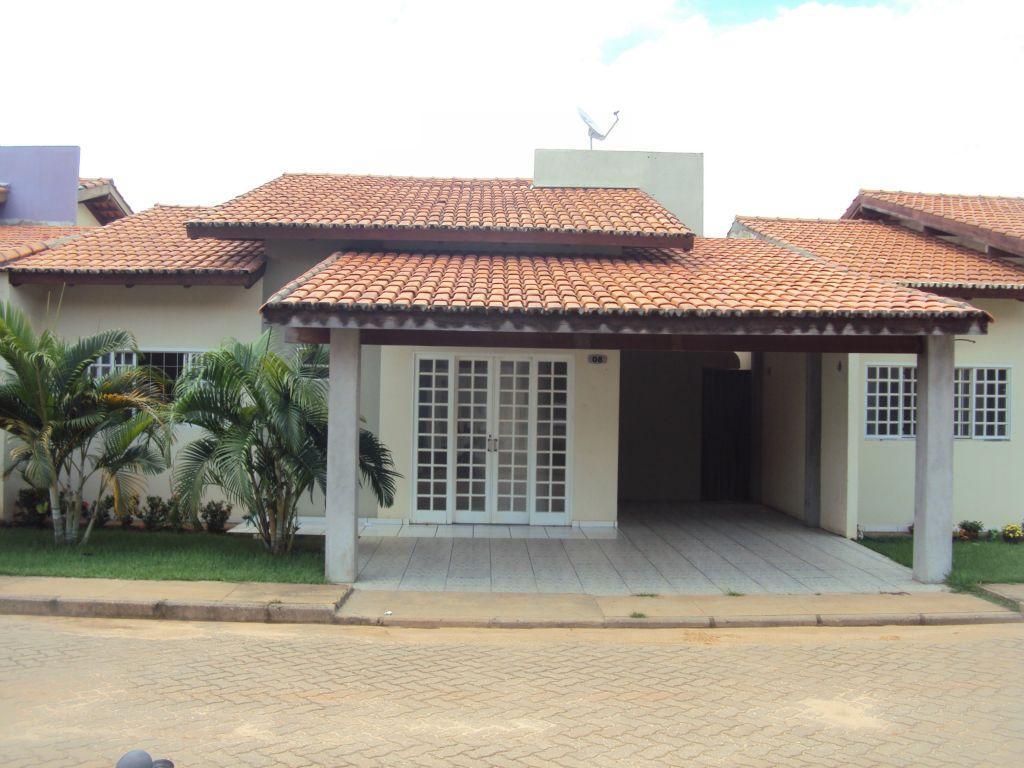 Casa com dois quartos em condomínio fechado pra alugar em im