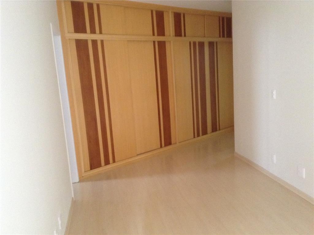 Apartamento de 4 dormitórios à venda em Vila Itapura, Campinas - SP