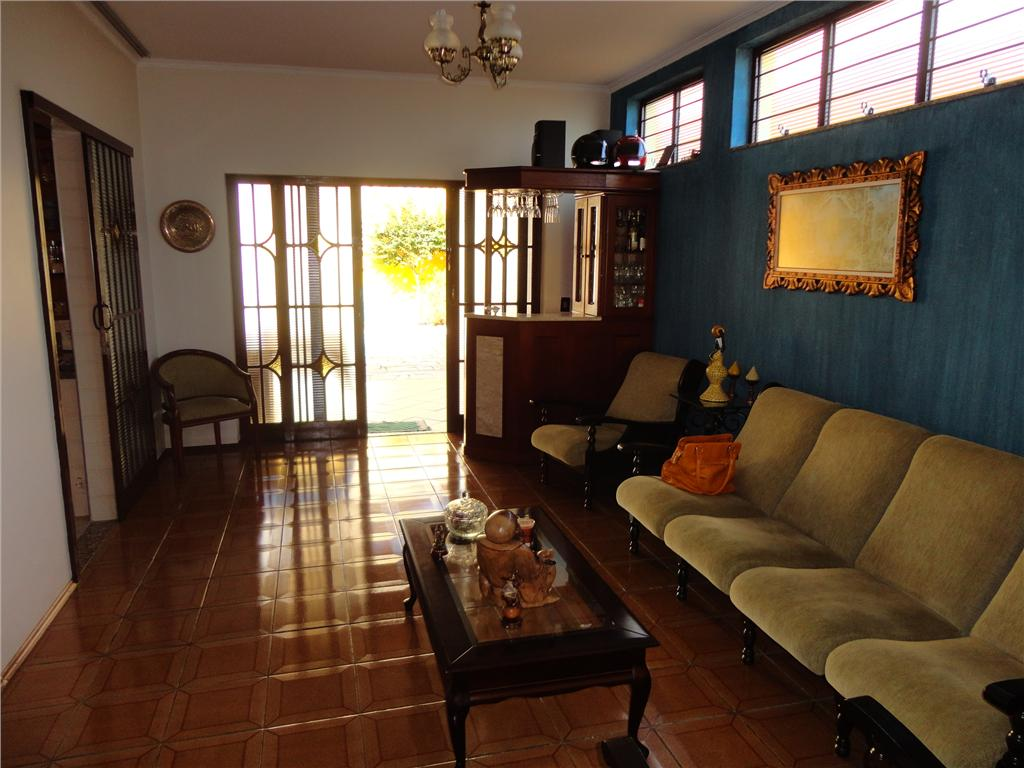 Casa de 3 dormitórios à venda em Jardim Magnólia, Campinas - SP