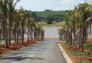 Terreno à venda em Condomínio Residencial Lago Da Barra, Jaguariúna - SP
