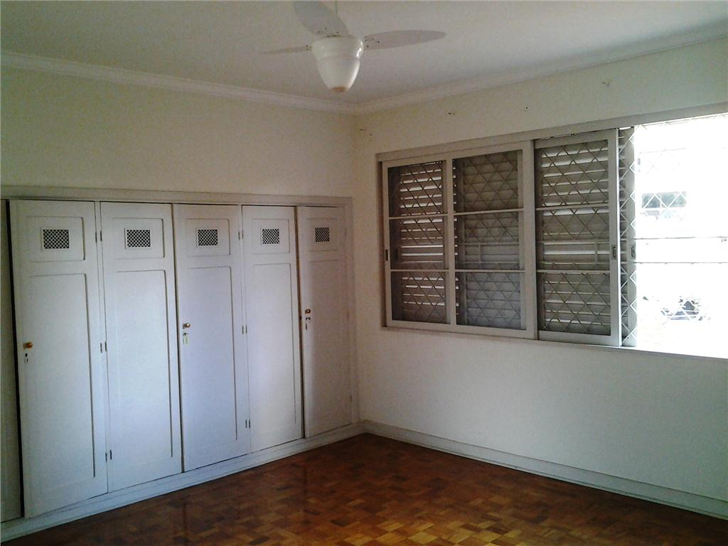 Casa de 4 dormitórios à venda em Cambuí, Campinas - SP