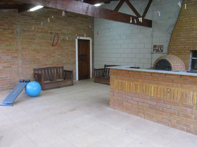 Casa de 2 dormitórios à venda em Centro, Vinhedo - SP