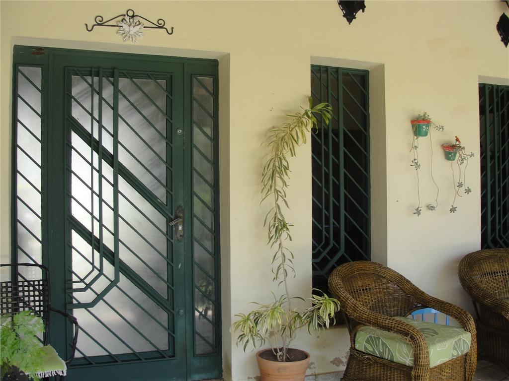 Casa de 2 dormitórios à venda em Jardim Sorirama (Sousas), Campinas - SP
