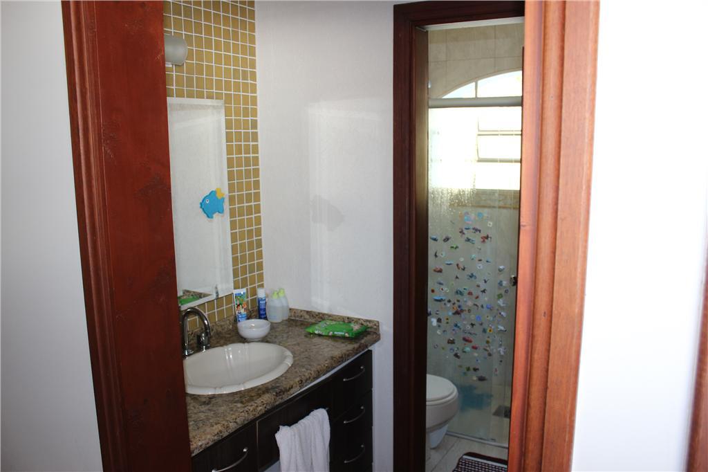 Casa de 4 dormitórios à venda em Ville Chamonix, Itatiba - SP