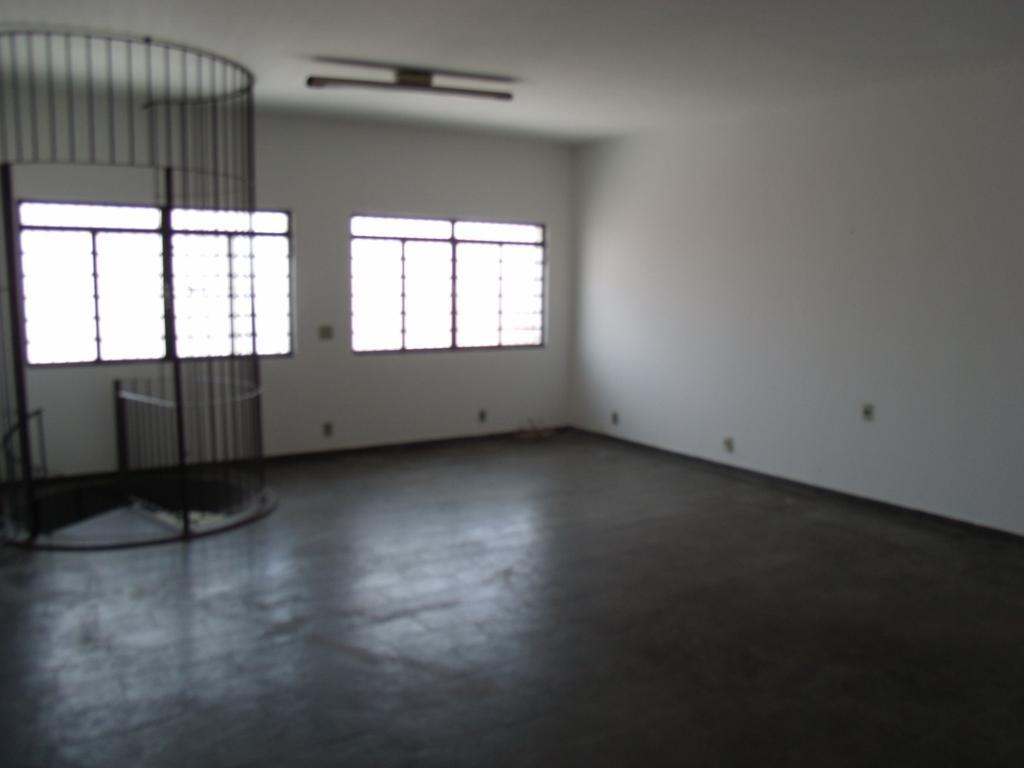 Sobrado de 3 dormitórios à venda em Parque Industrial, Campinas - SP