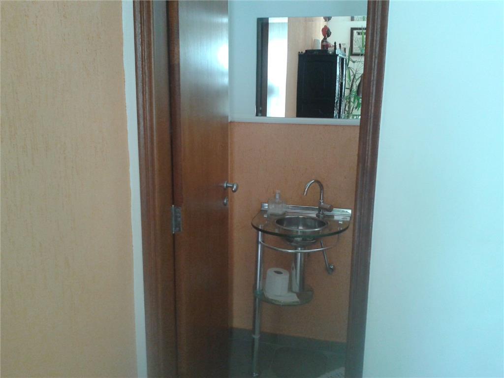 Casa de 3 dormitórios à venda em Jardim Nova Europa, Campinas - SP