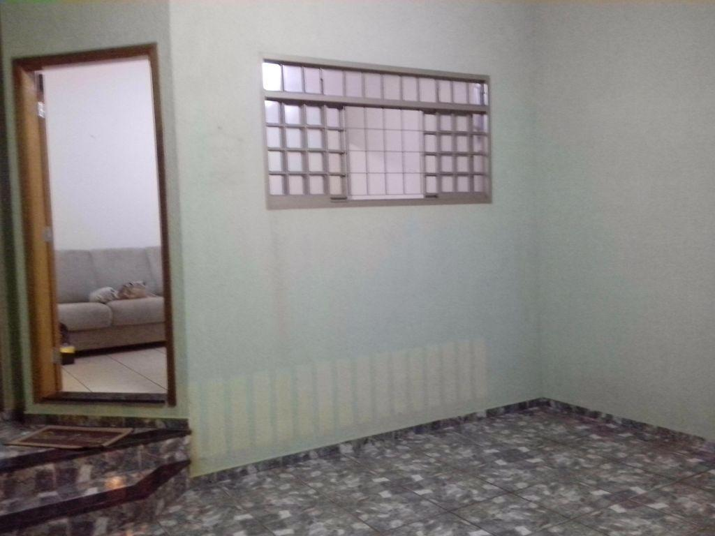 Casa nova-Planalto Verde