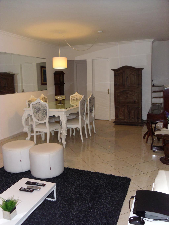 Total Imóveis - Casa 4 Dorm, Jardim Ester