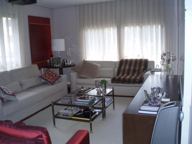 Total Imóveis - Apto 4 Dorm, Morumbi, São Paulo