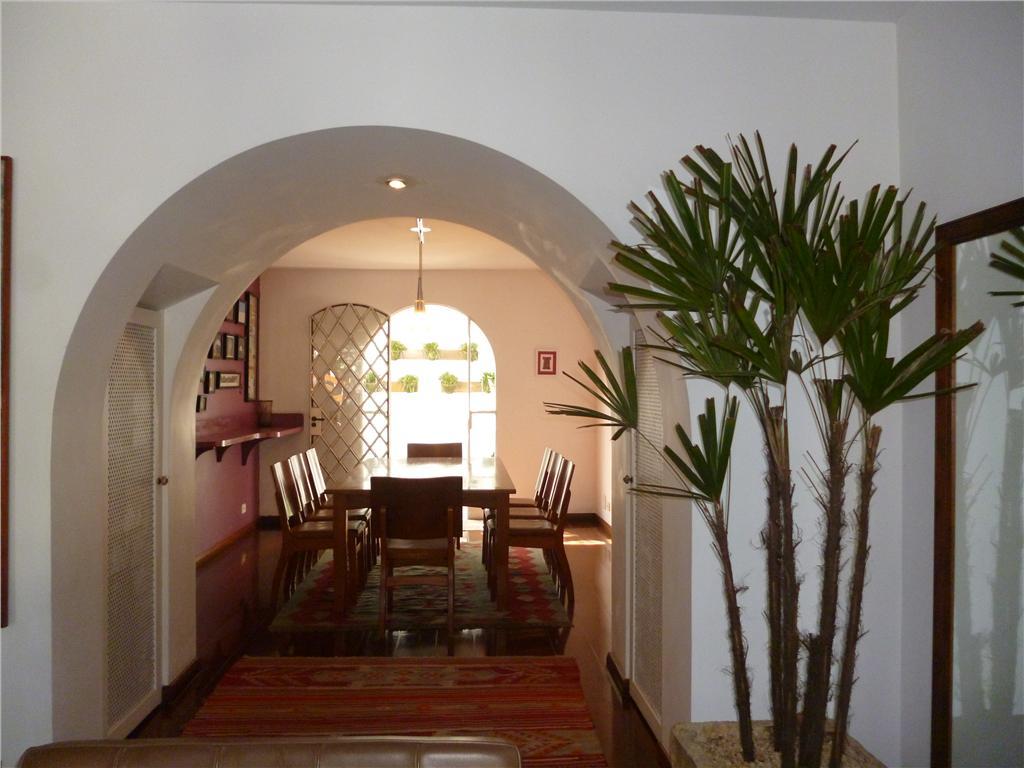 Im�vel: Total Im�veis - Casa 4 Dorm, Jardim Leonor