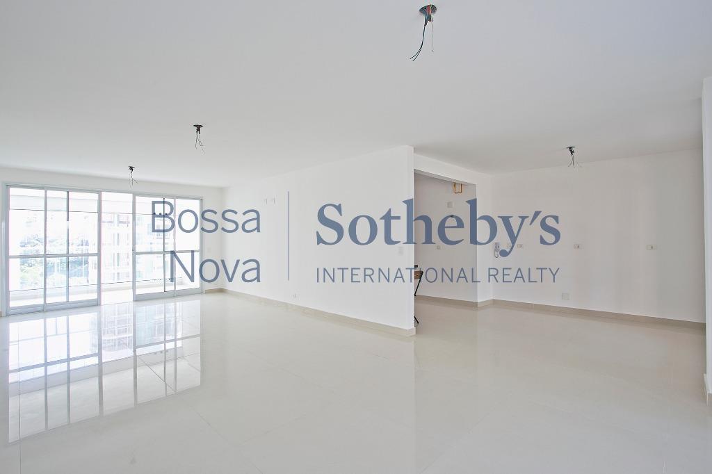 Apartamento localizaçao  privilegiada  Panamby, São Paulo.