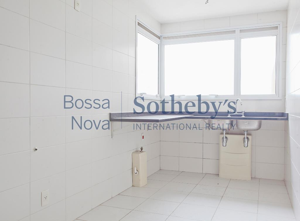 Apartamento Amplo e novo com lazer completo no Campo Belo