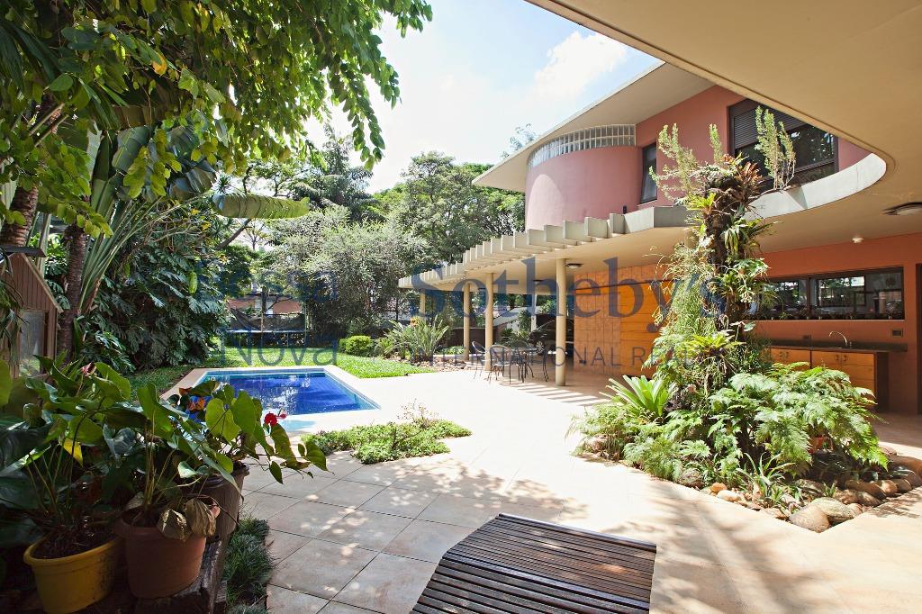 Conforto em região privilegiada privilegiada.inheiros, São Paulo - CA4633.