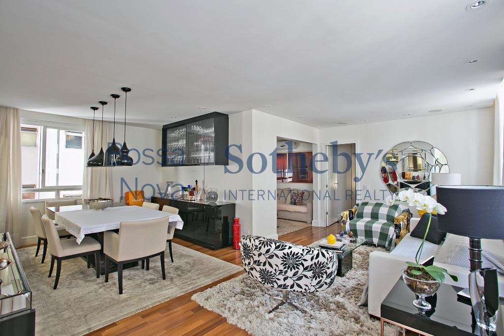 Apartamento reformado e completo