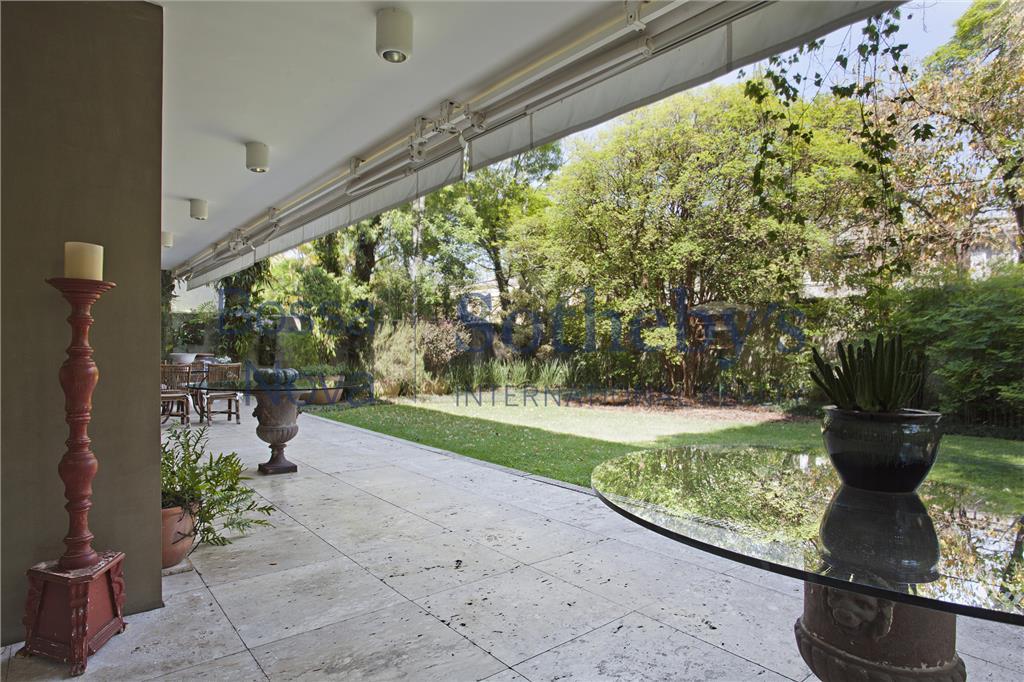 Casa projeto Júlio Neves