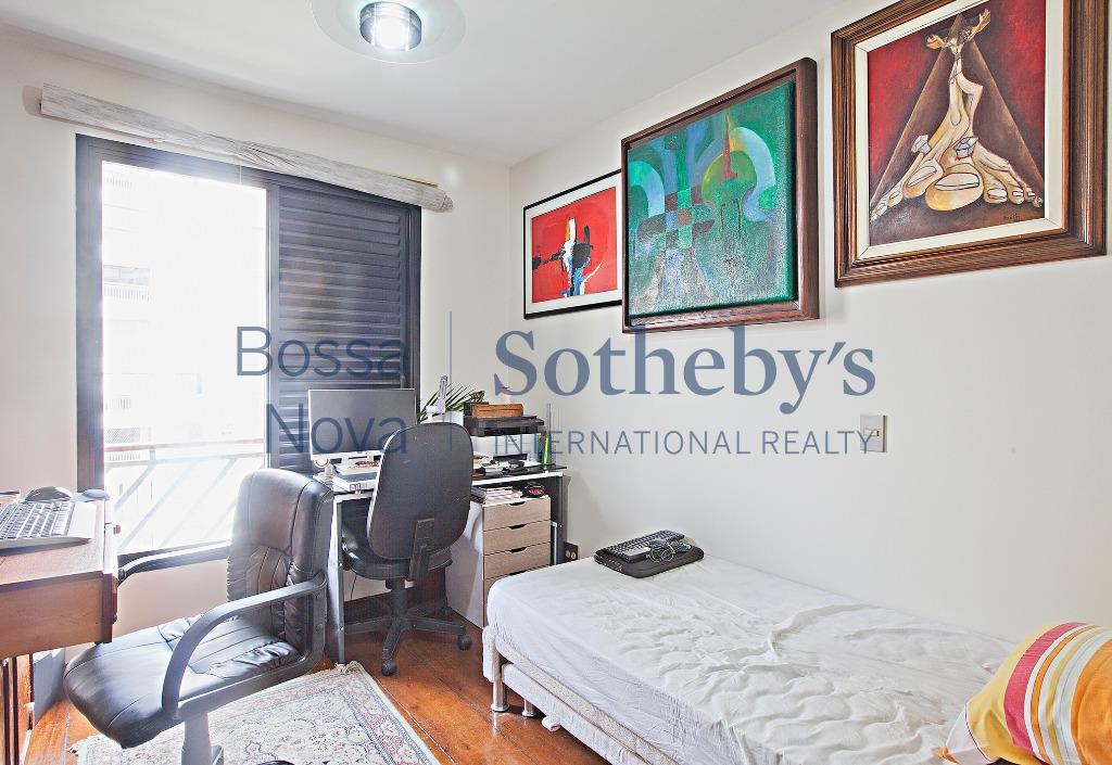 Apartamento com terraços em todos o ambientes.