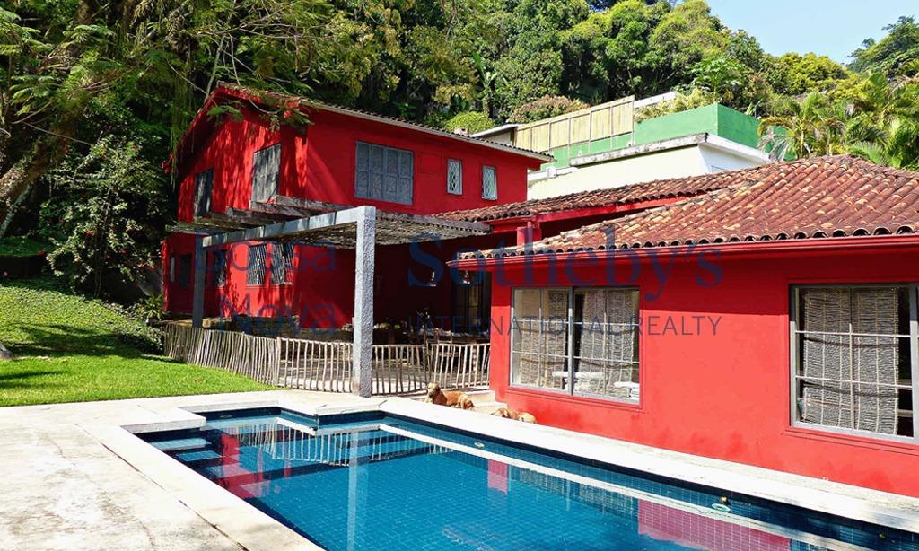 Estilo carioca na sua pura essência com muita bossa e originalidade - Alto Gávea