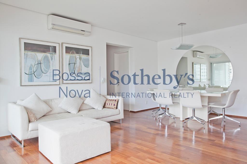 Apartamento moderno, arrojado com lazer e localização desejada.