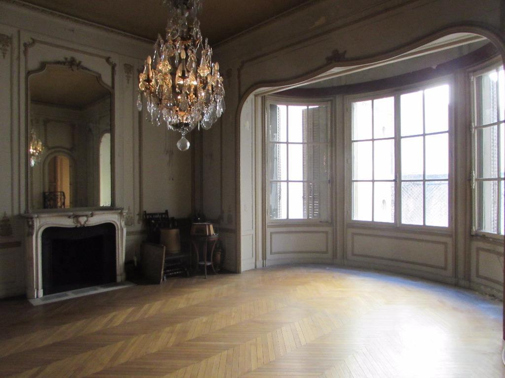 Palacete Estilo Francês