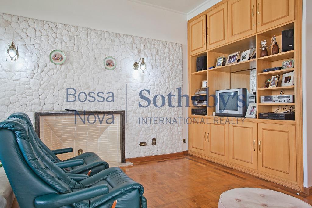 Apartamento reformado, próximo à Paulista