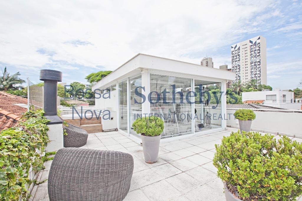 Linda casa no Jardim Paulistano com academia privativa