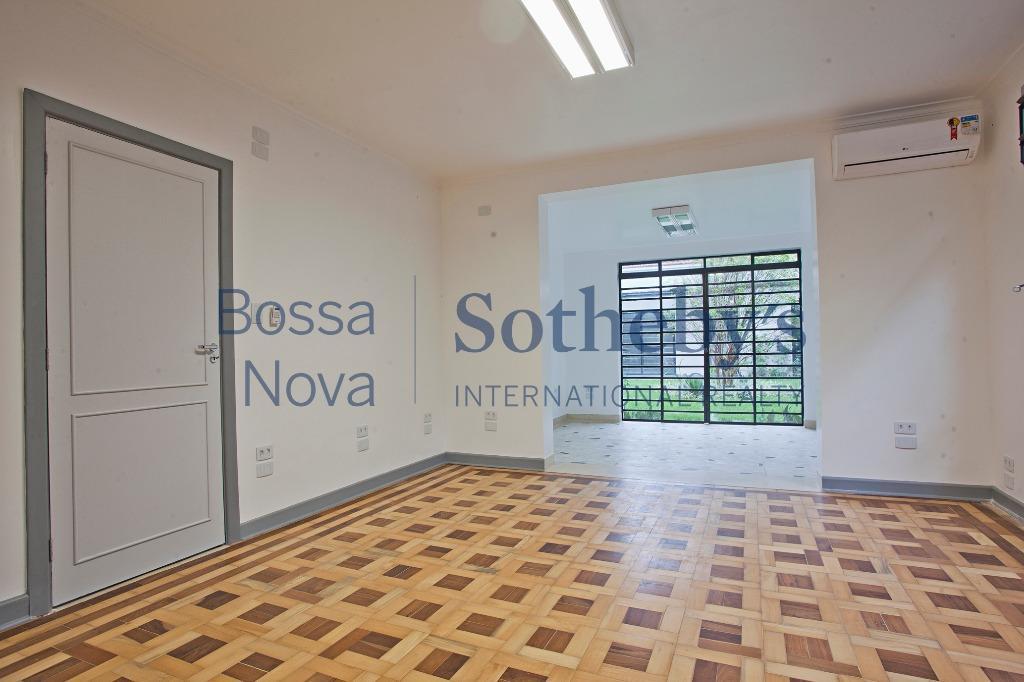 Casa comercial para venda e locação, Alto de Pinheiros, São Paulo.