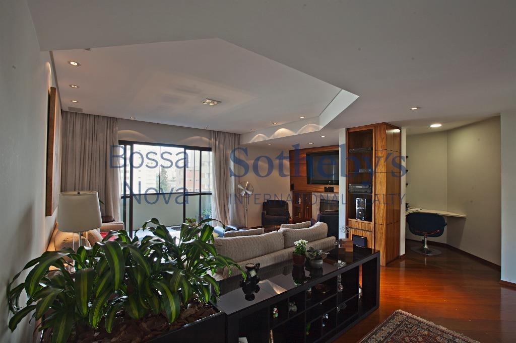 Apartamento com planta diferenciada!