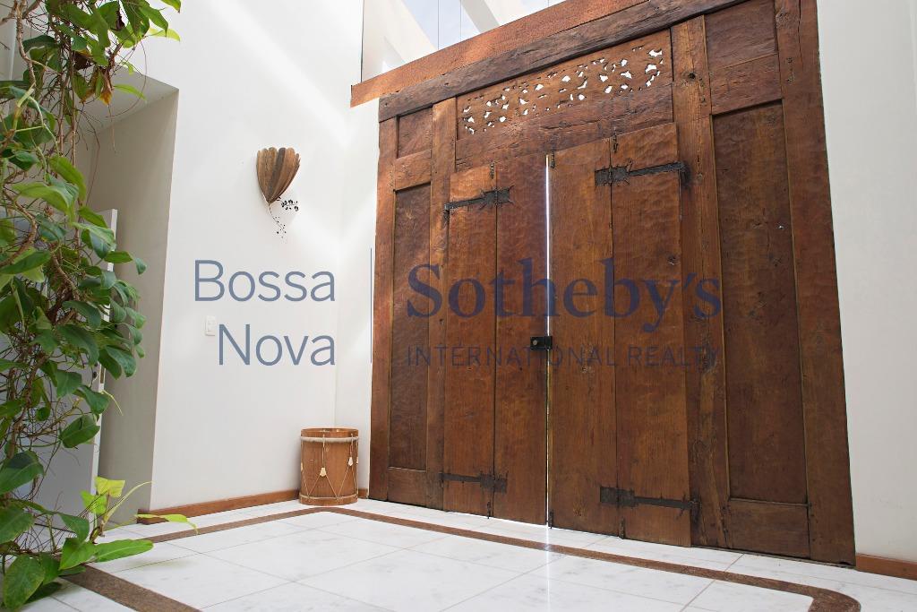 Casa duplex em estilo contemporâneo em condomínio, Barra da Tijuca