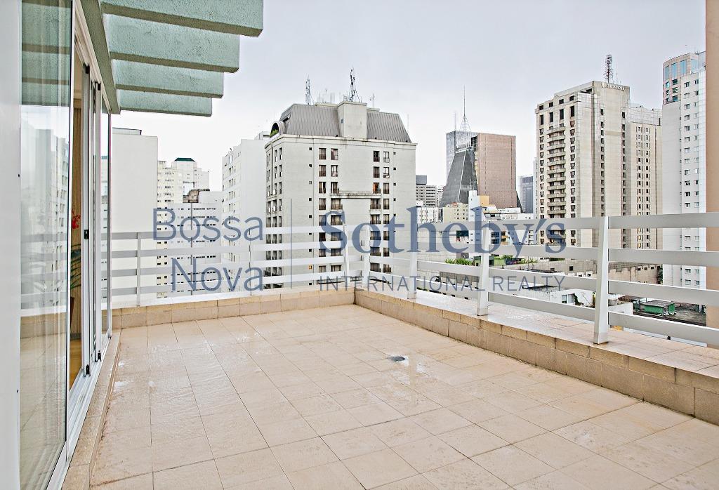 Duplex na região da Paulista em prédio lindo e moderno