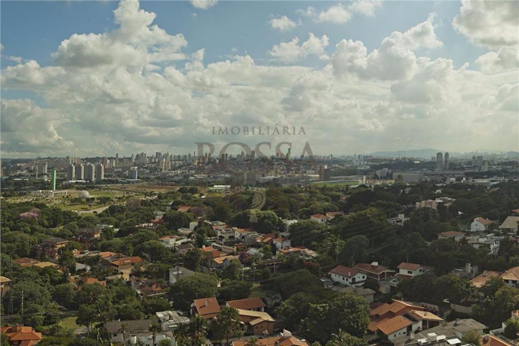 Apartamento de 6 dormitórios em Alto De Pinheiros, São Paulo - SP