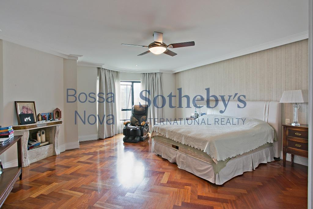 Lindo apartamento com vista espetacular para o Burle Marx, Panamby, São Paulo.