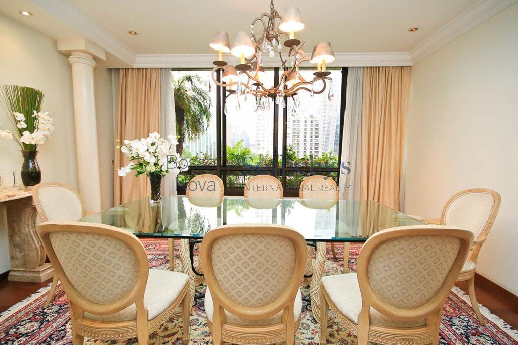 Elegante apartamento próximo ao Parque do Povo.