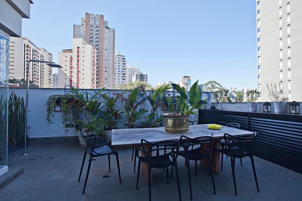 Apartamento garden mobiliado próximo à Faria Lima.