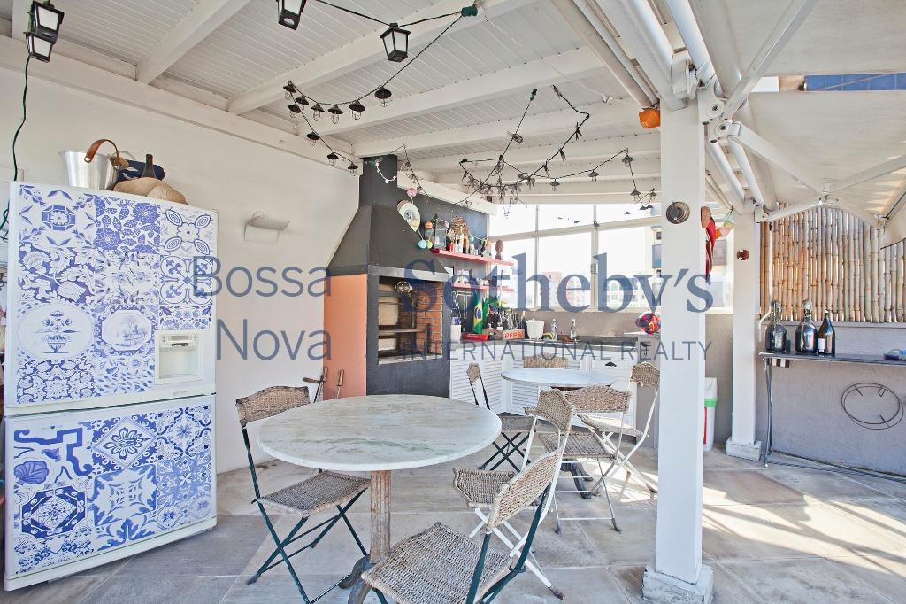 Ares de Casa e restaurantes badalados a pé