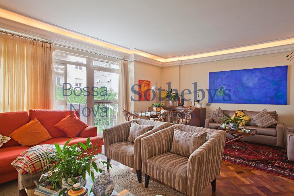 Apartamento impecável em localização top dos Jardins