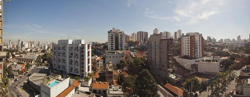 Apto silencioso com vista para Vila Madalena