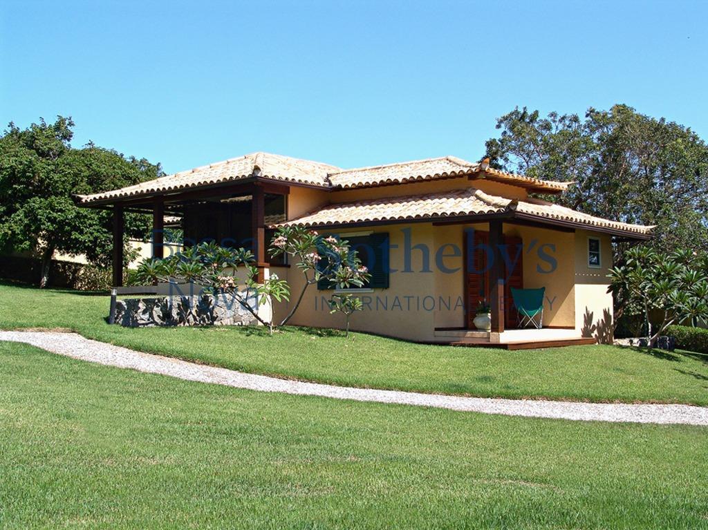 Espetacular casa no Centro Hípico de Bùzios