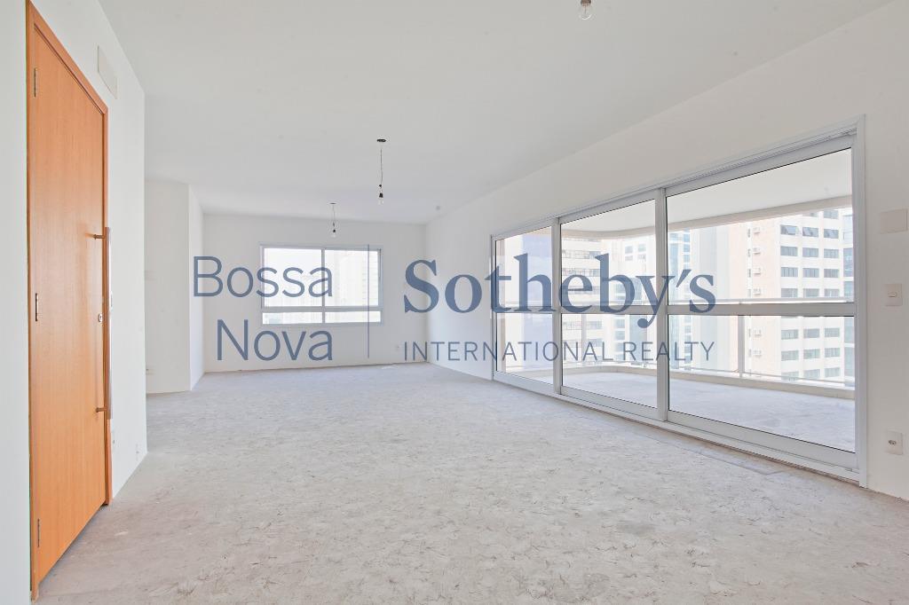 Vista ampla, novo e no contra-piso, ideal para deixar do jeito que você quer!
