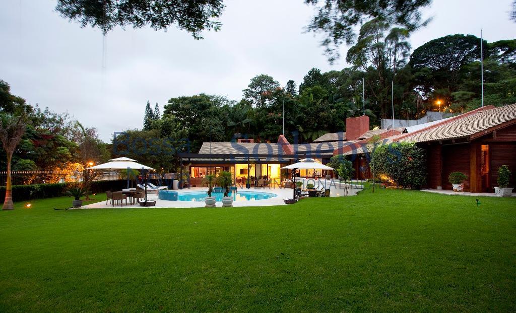 Casa gostosa e sofisticada no Jardim Guedala