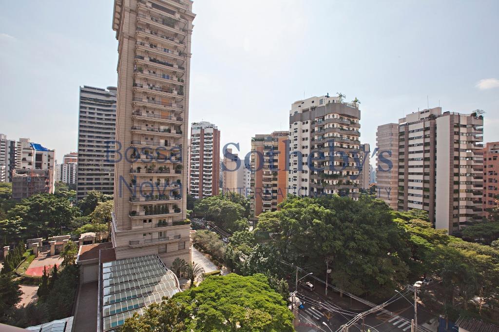 Ampla cobertura na Vila Nova Conceição