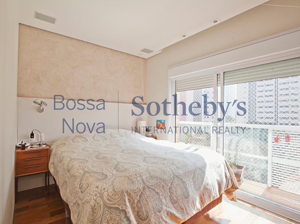 Apartamento residencial à venda, Moema, São Paulo - AP14787.