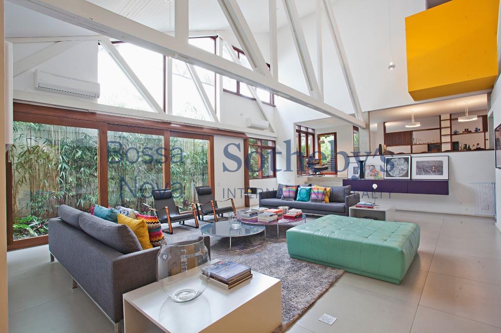 Casa moderna e aconchegante